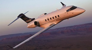 Bombardier Challenger 300 in the sky