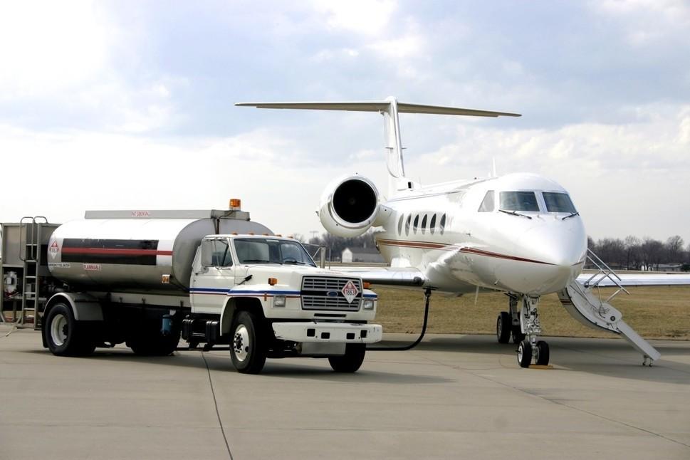 Gulfstream Private Jet Refuelling