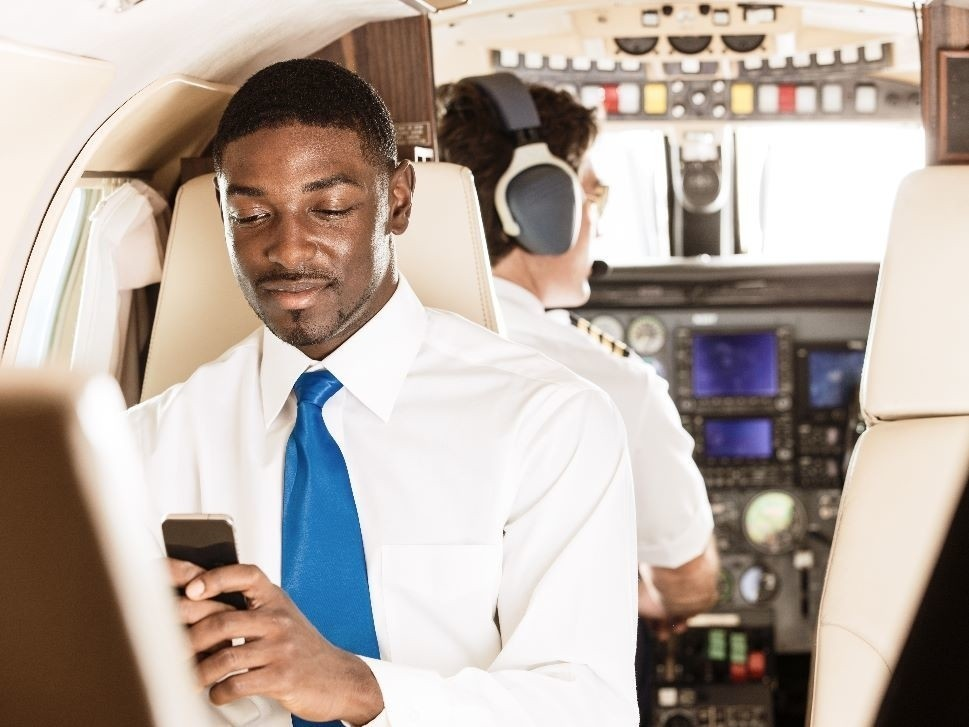AeroWave Cabin Connectivity