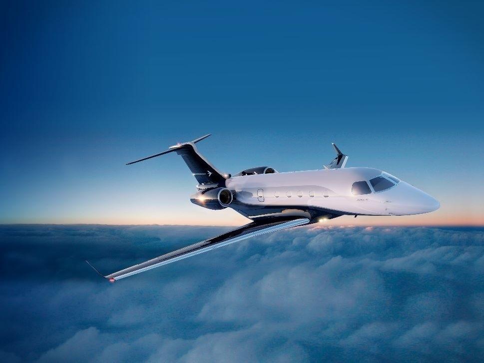 Embraer Legacy 450 jet in flight