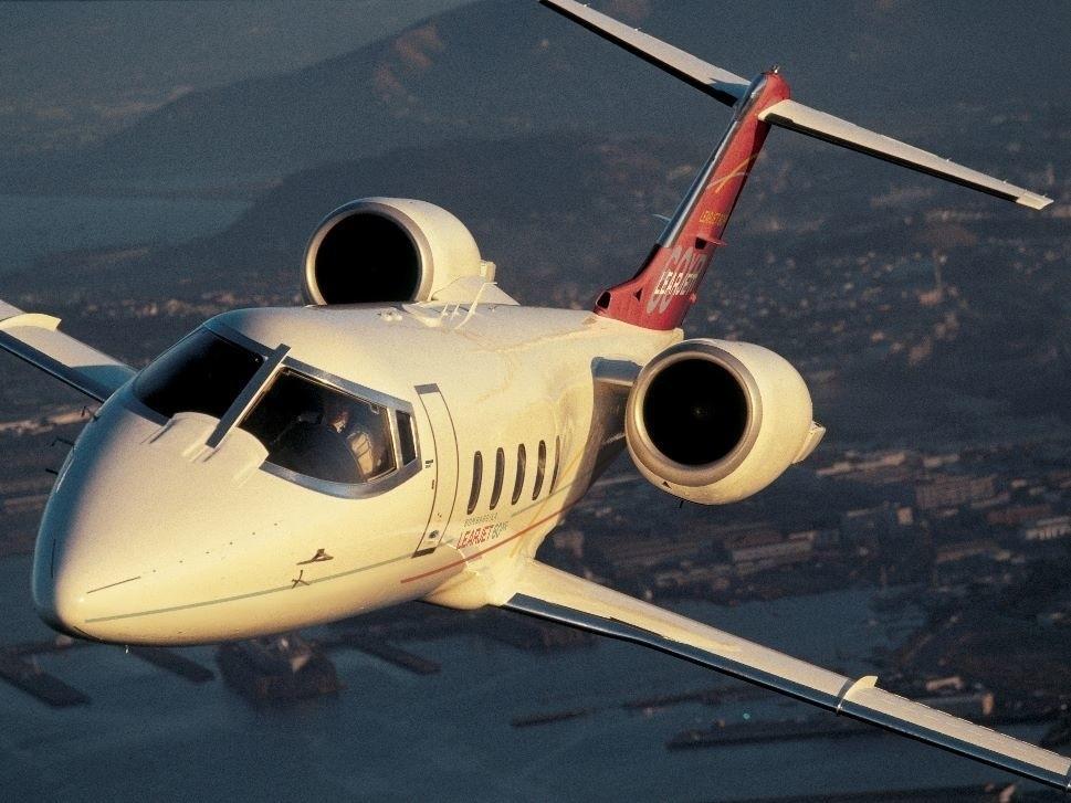 Learjet 60XR in flight