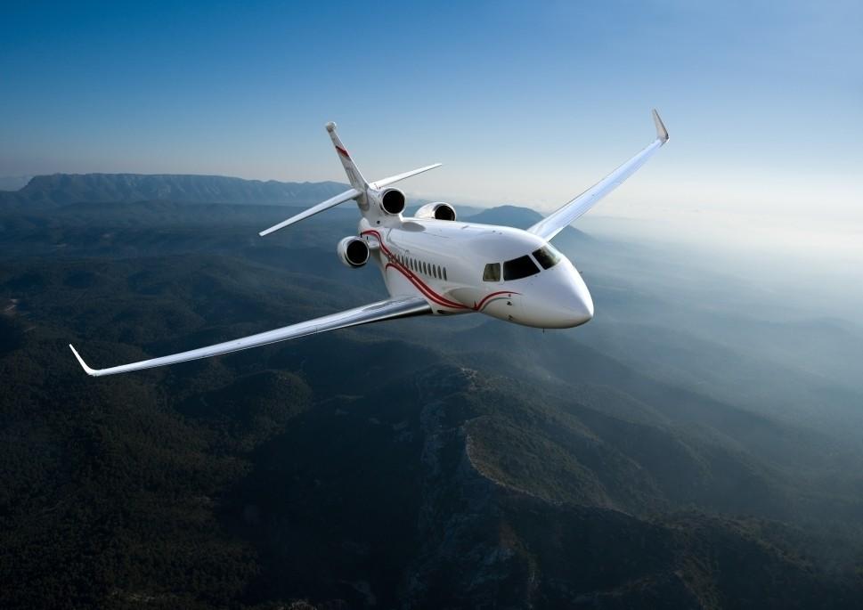 Dassault Falcon private jet