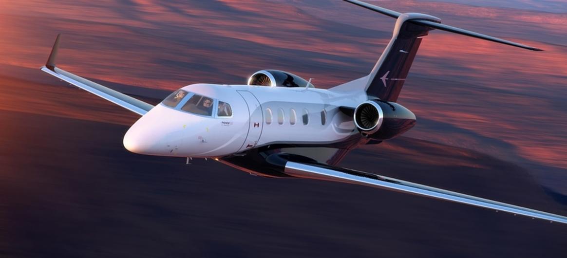 Phenom 300 flying