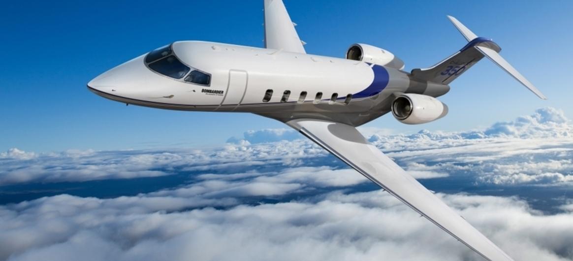 Bombardier Challenger 350 In Flight