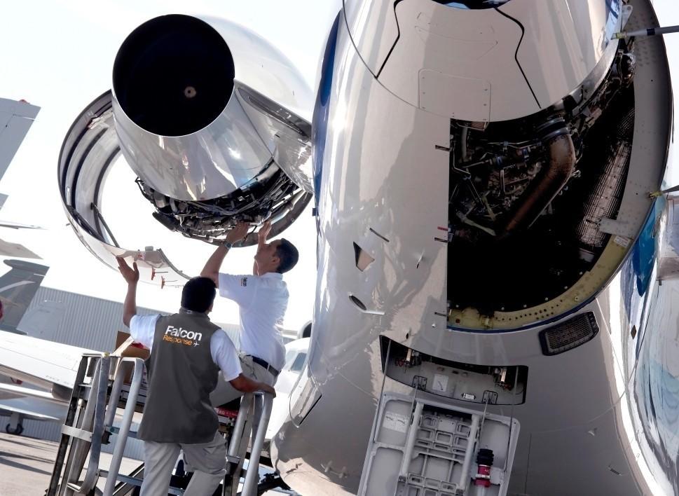 Dassault Falcon Mechanics Work of a Falcon Jet Engine