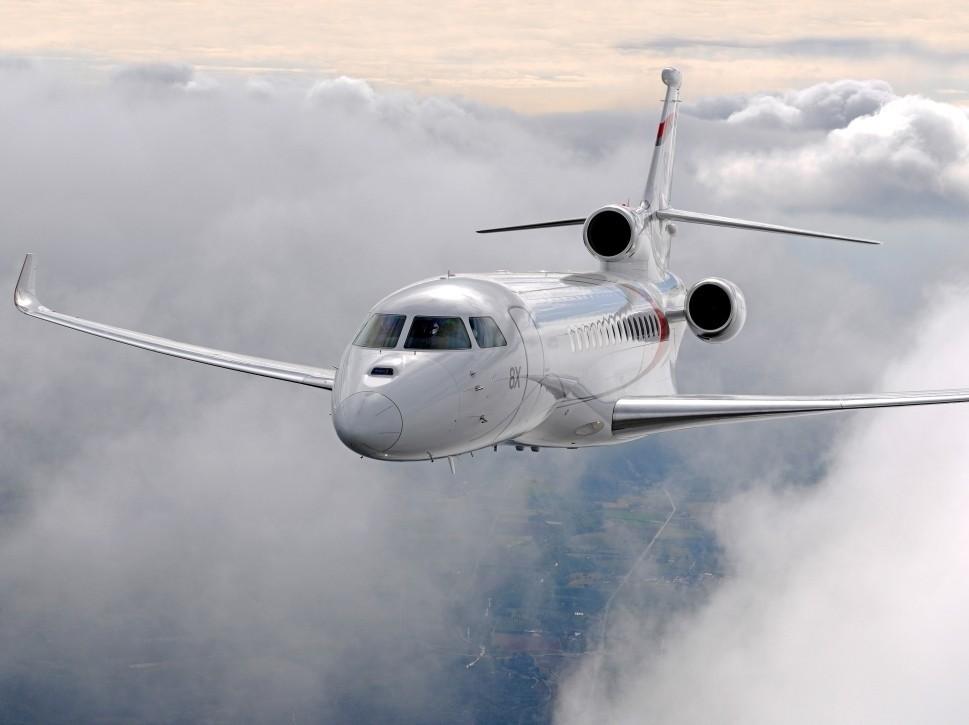 Dassault Falcon 8X Flies Through Clouds