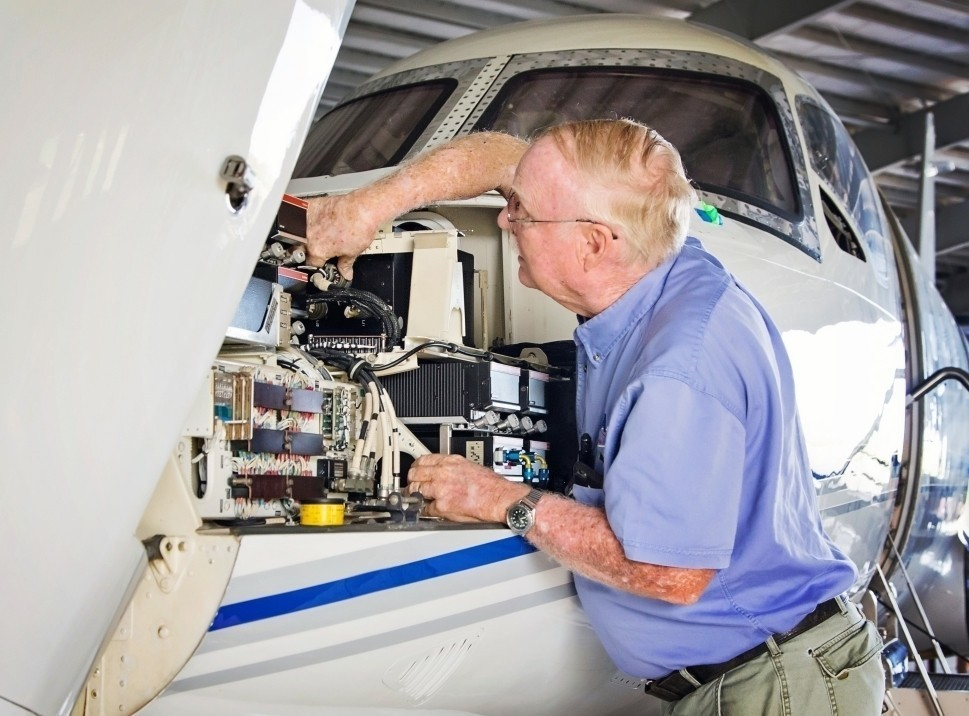Private jet maintenance at Bohlke