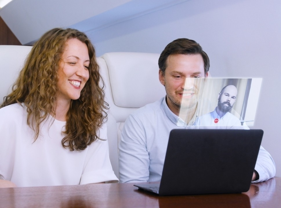 Future private jet connectivity with holographic messaging