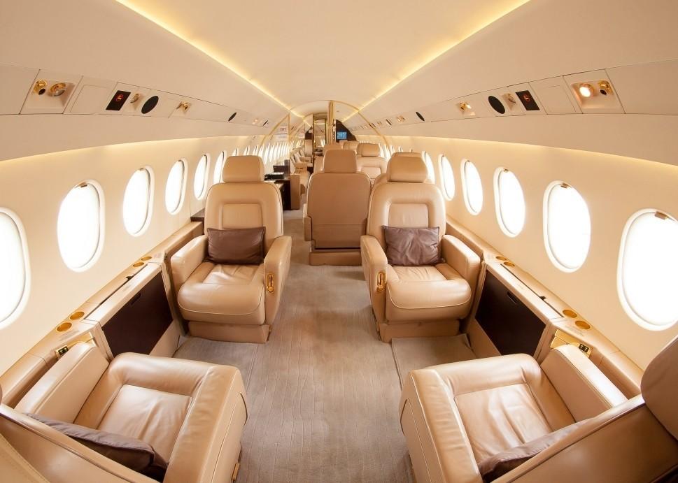 Ultra long range private jet cabin