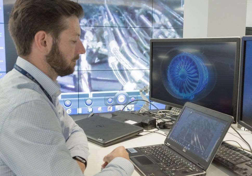 Rolls-Royce IntelligentEngine enables remote engine monitoring