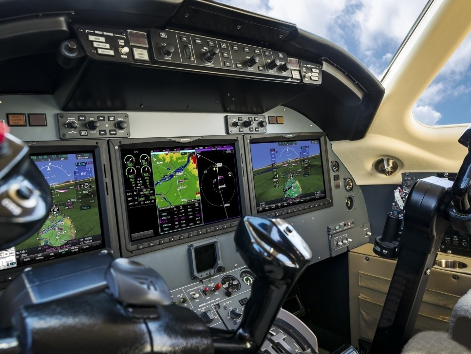 Garmin's all-glass G5000 flight deck upgrade for private jets