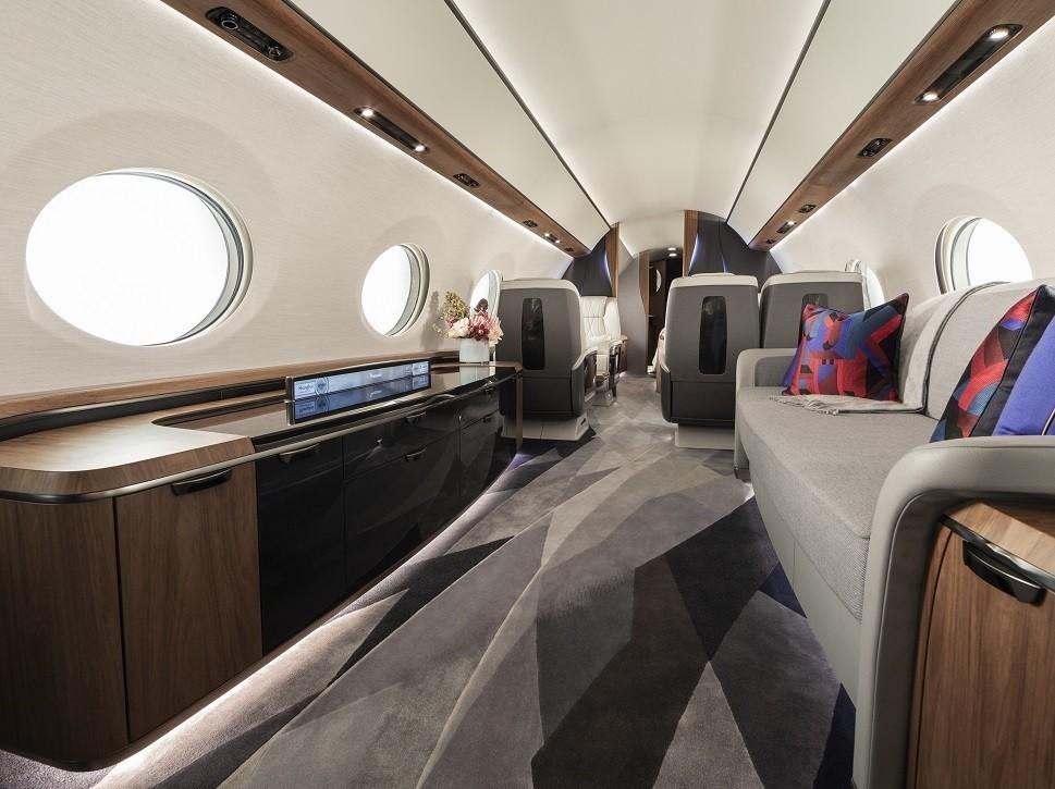 Gulfstream G700  private jet cabin mock-up