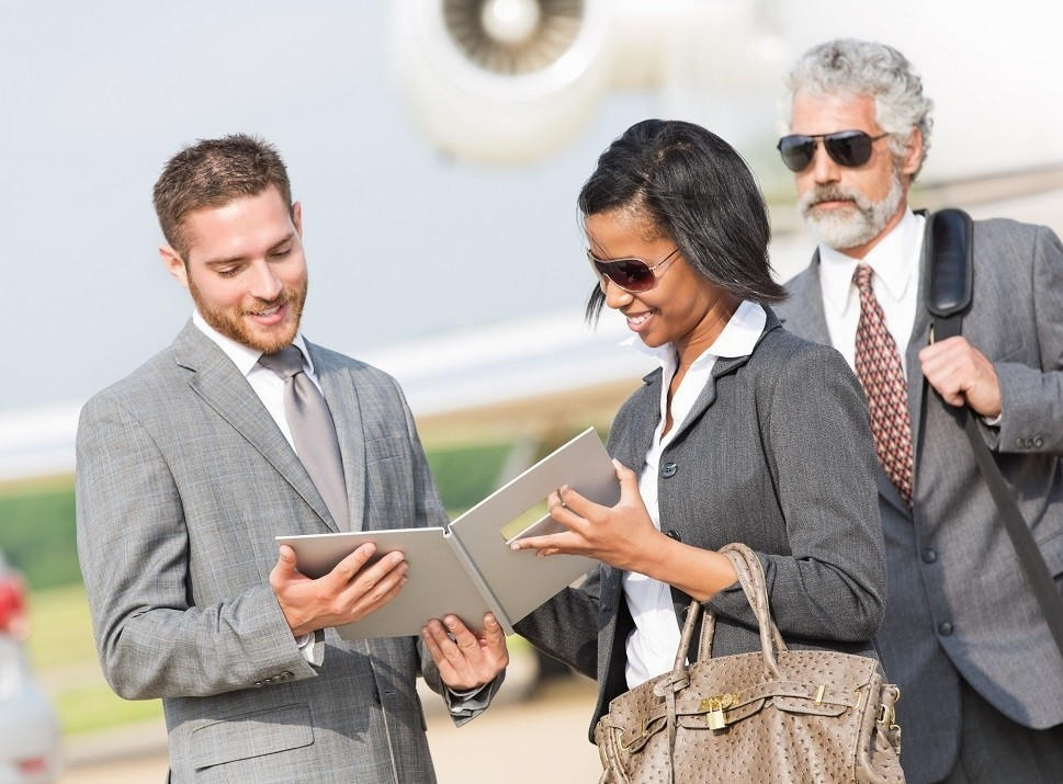 Private jet buyer and broker look at aircraft specifications