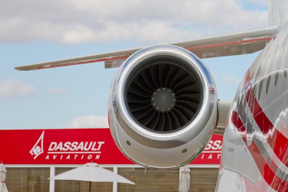 Dassault Falcon 2000LX - Evren Kalinbacak Edit Use Only