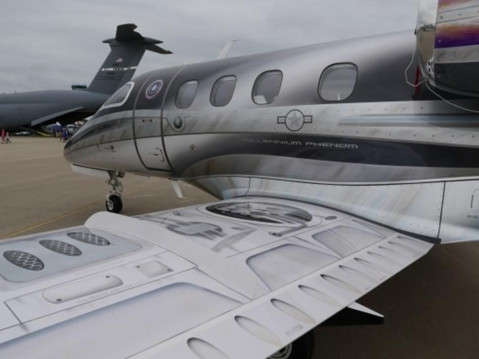 Embraer Phenom 100 jet