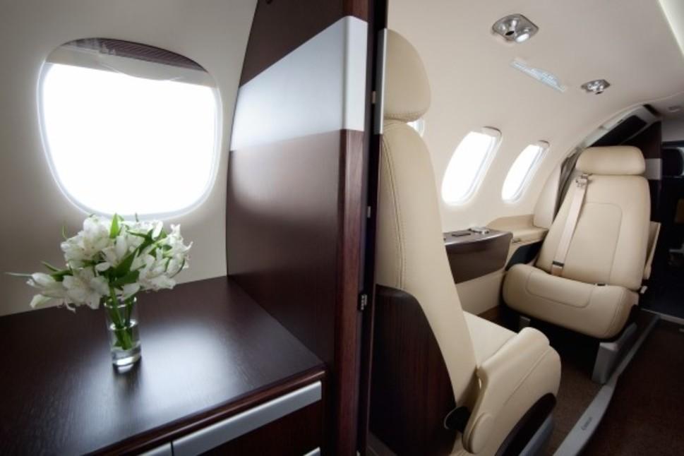Embraer Phenom 100 Jet Interior