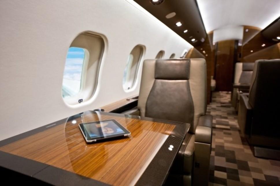Bombardier Global 6000 jet Cabin