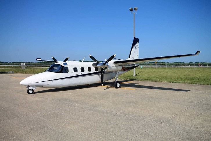 Beautiful Twin Commander 900 For Sale Featuring the Garmin G950 Avionics Suite and RVSM