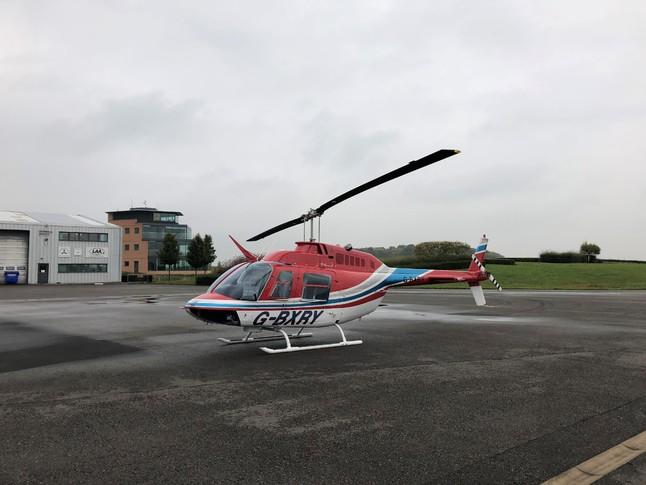 Bell 206B II Exterior