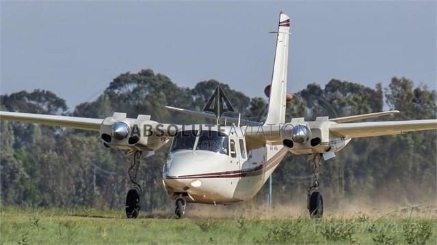 Aero Commander 500 1