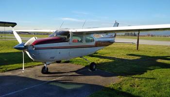 Cessna 210 1