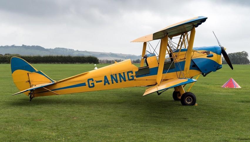 De Havilland DH-82 1