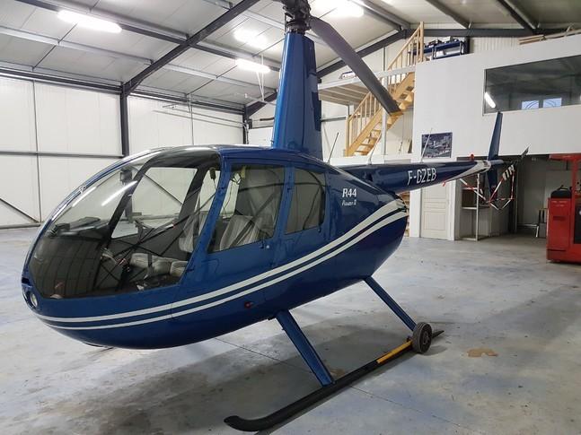 Robinson R44 Raven II 1