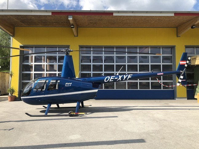 Robinson R44 Raven II Exterior