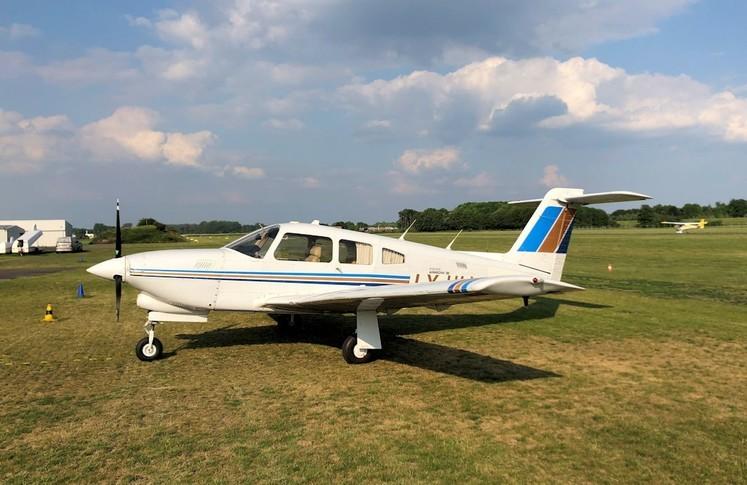 Piper Arrow IV Exterior