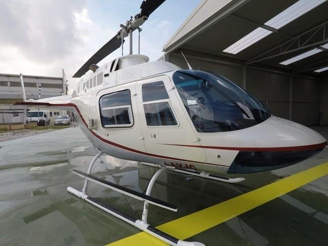Bell 206B 1