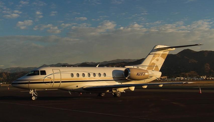 Hawker 4000 Exterior