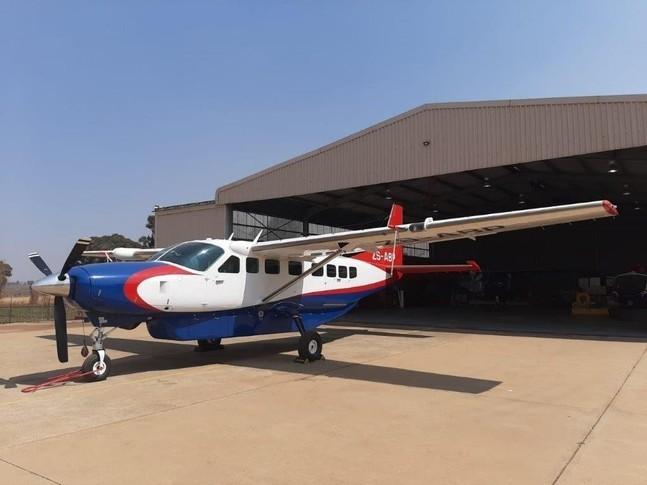 Cessna Caravan 208B exterior