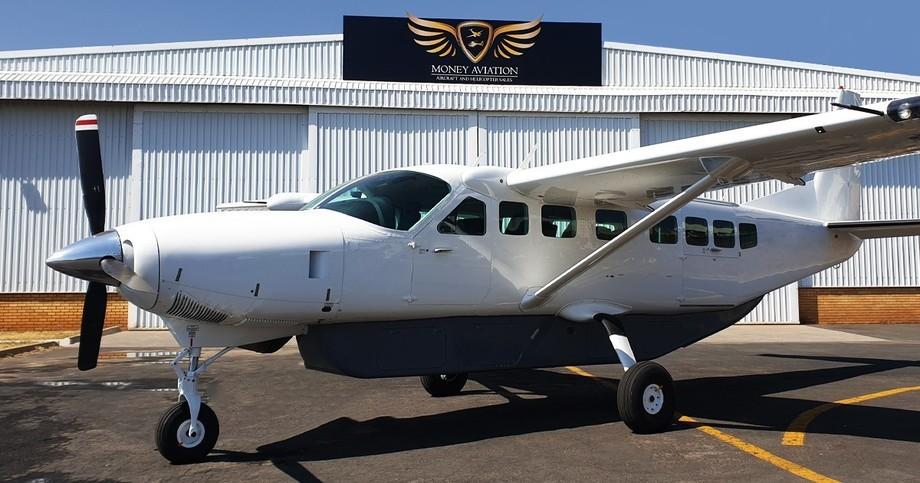 Cessna Caravan 208B Grand Exterior