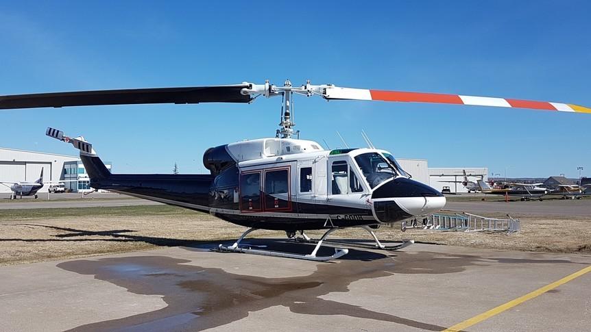 Bell 214 Exterior
