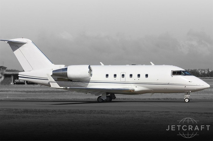 Bombardier Challenger 601-3AER Exterior