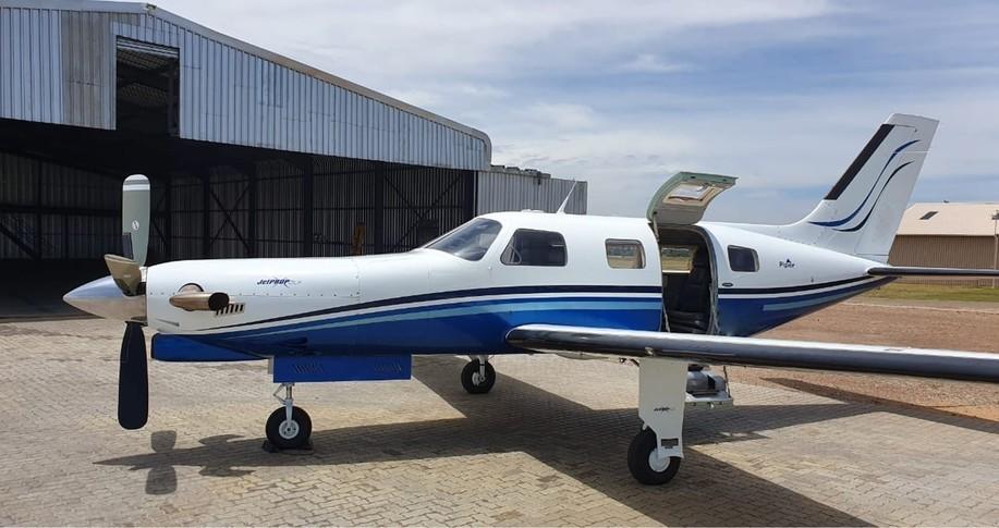 Piper JetProp Exterior