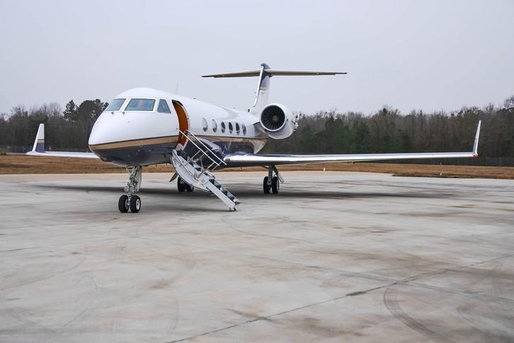 Gulfstream G400 Exterior