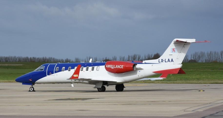 Bombardier Learjet 45XR Exterior