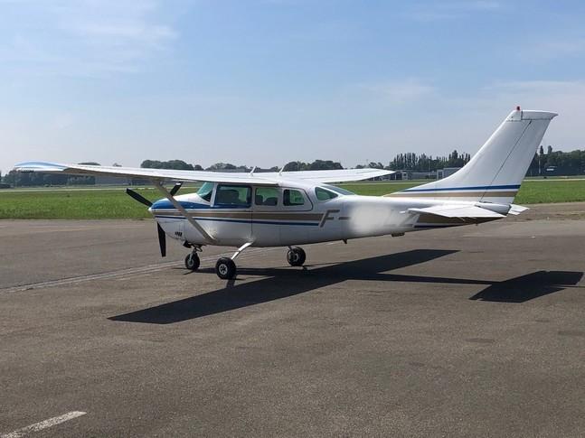 Cessna Turbo U206G Exterior