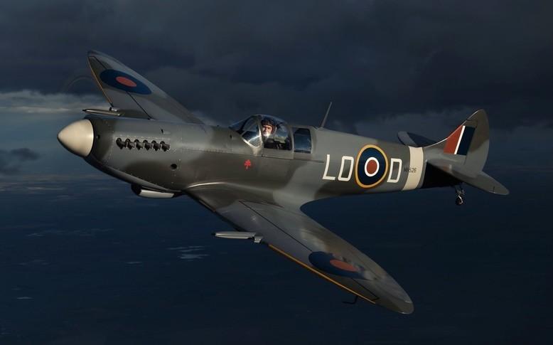 Supermarine Spitfire Mk 26 In the sky