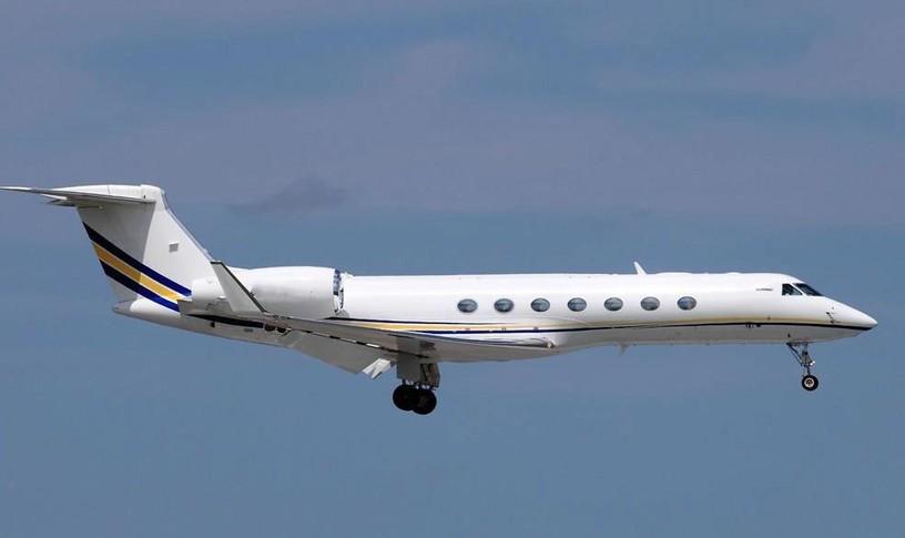 Gulfstream G550 In the sky