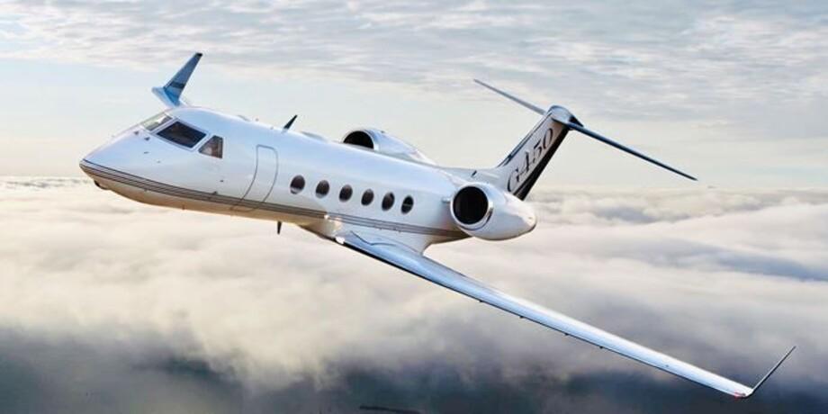Gulfstream G450 In the sky