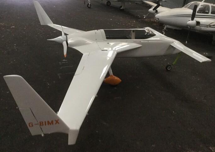 Rutan VariEze In Hangar