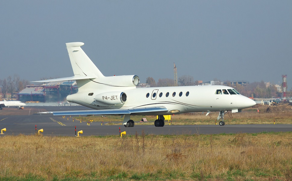 Dassault Falcon 50-series private jet