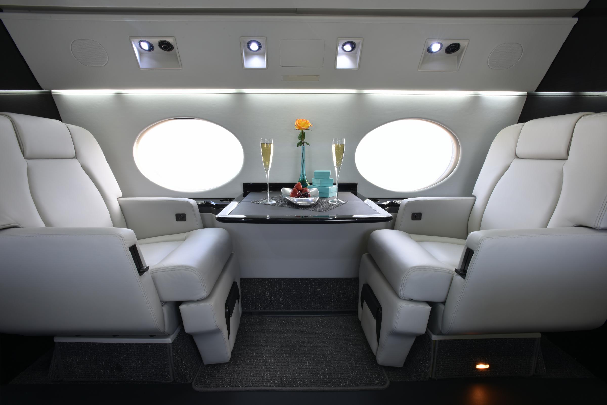 Gulfstream GIV-SP cabin refurbishment by Stevens Aerospace