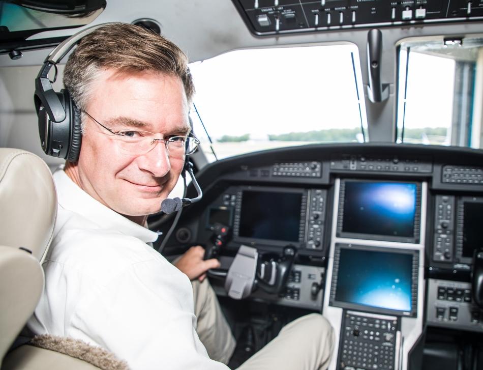 Edwin Brenninkmeyer, Oriens Aviation