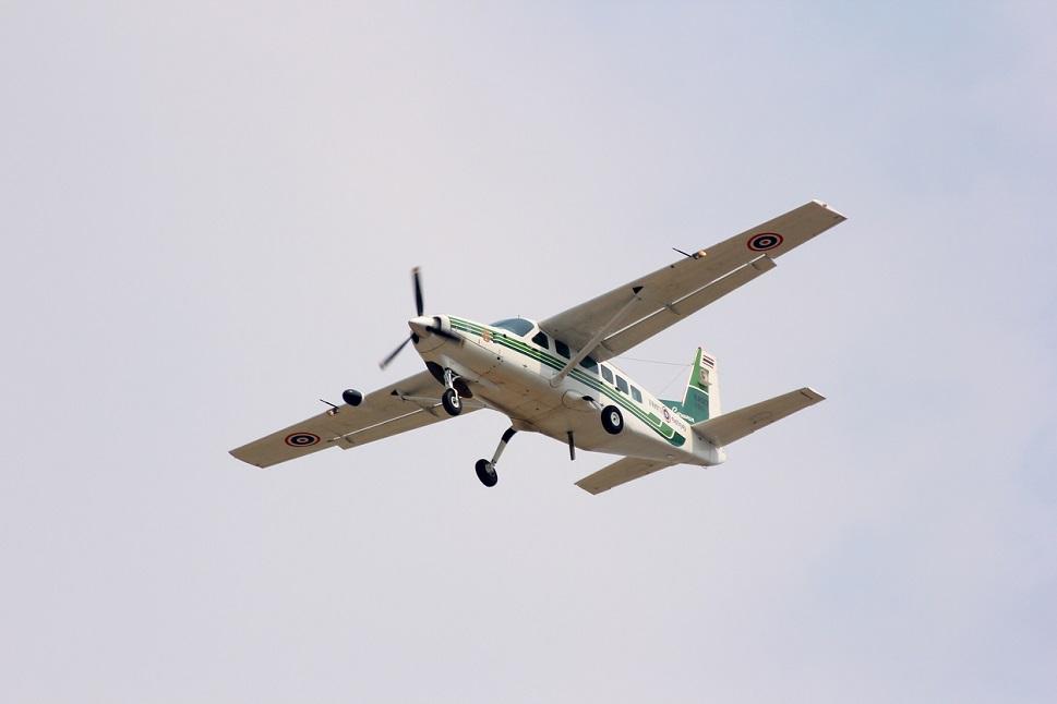 Cessna Caravan 208 flying overhead