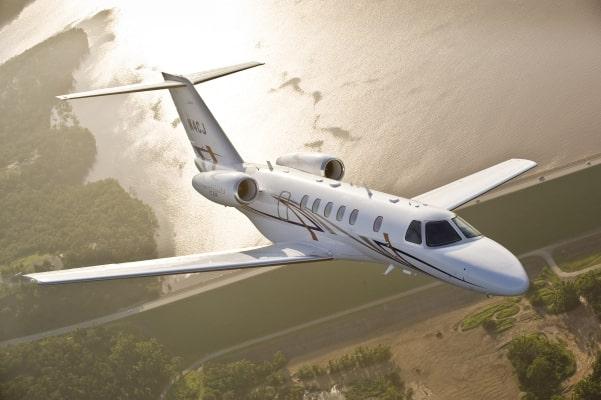 CJ4 in flight
