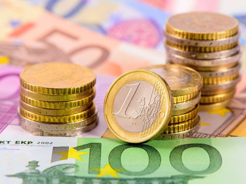 European Currency Business Aviation Financing