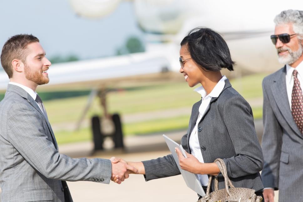 What is an aircraft broker?